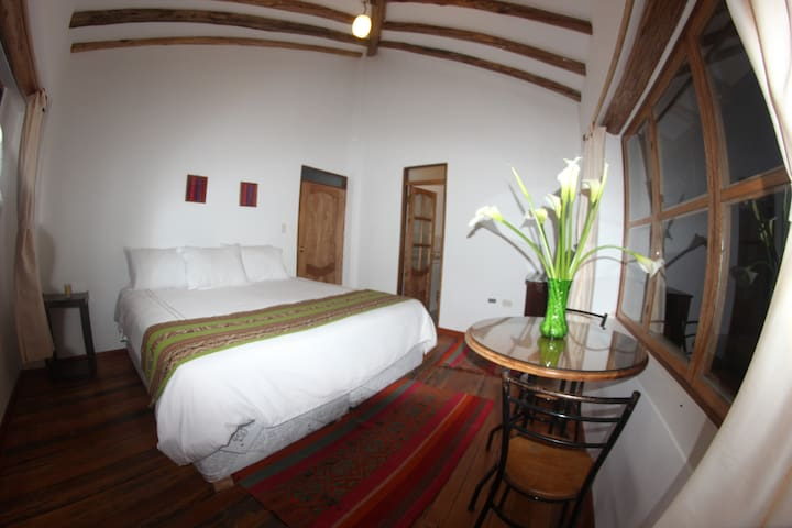 Parwa Guest House - Ollantaytambo - Bed & Breakfast