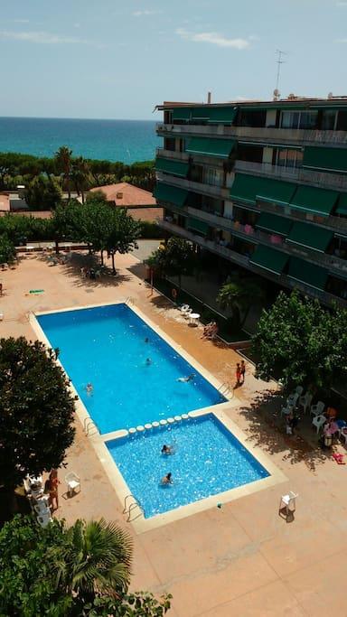 vista piscina desde terraza