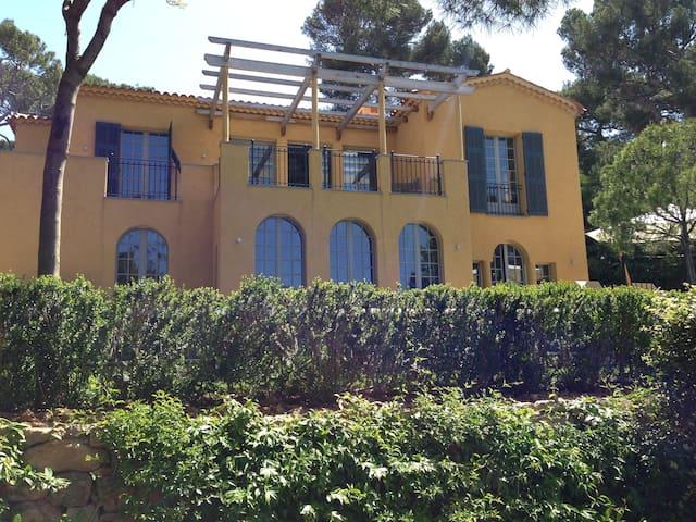 Water Front Newly Built Villa - Saint-Jean-Cap-Ferrat - Casa