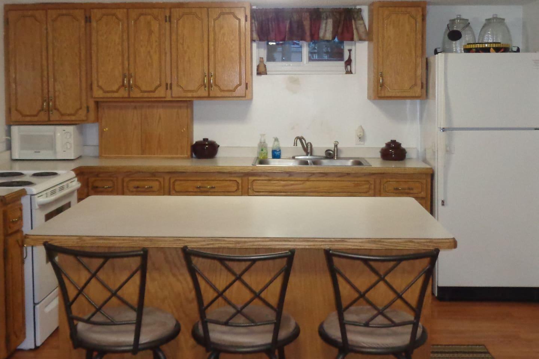 Full kitchen!