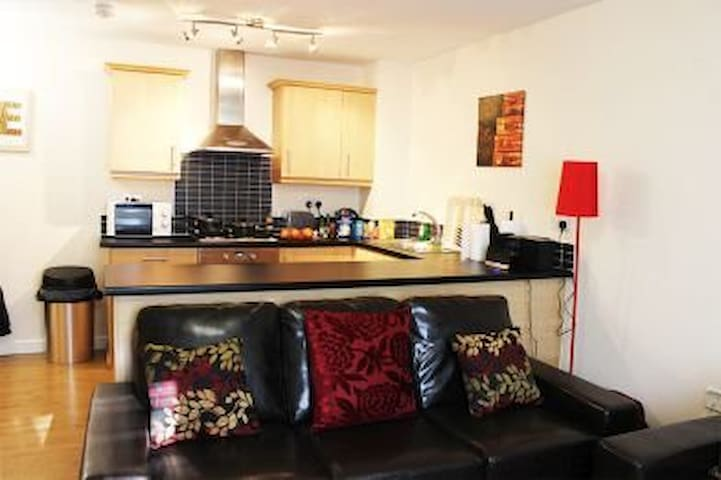 Modern ground floor 2 bed apartment