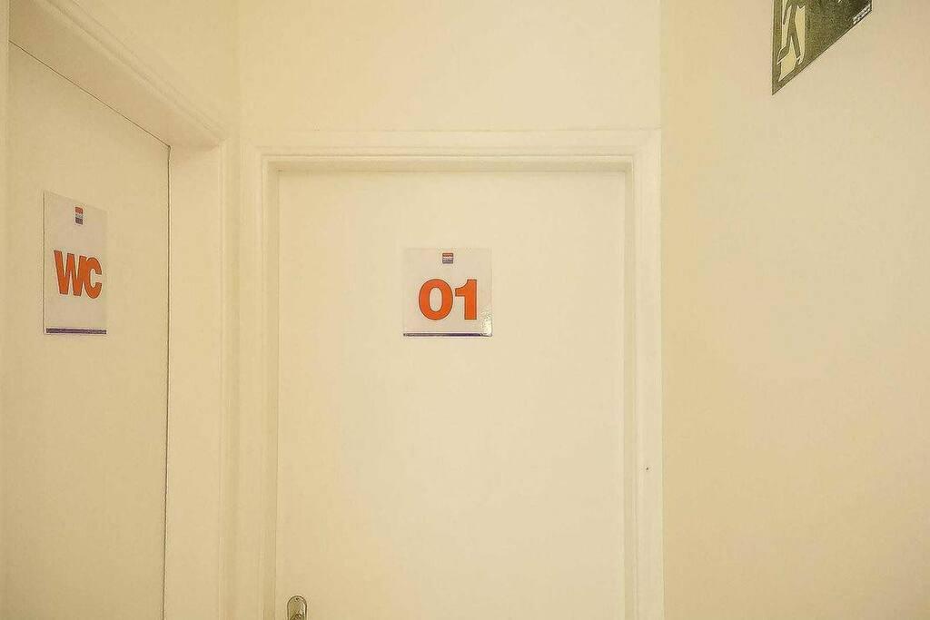 Porta do Quarto e do banheiro