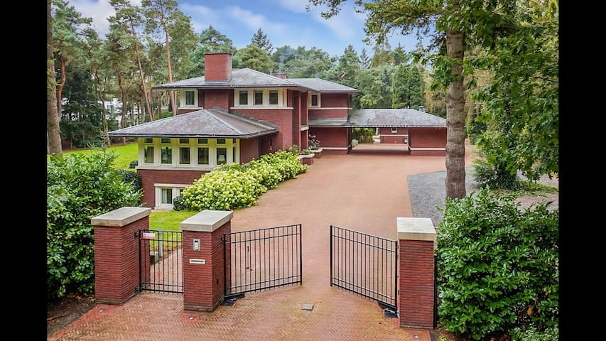 Luxury villa with pool in nature. Close to Utrecht