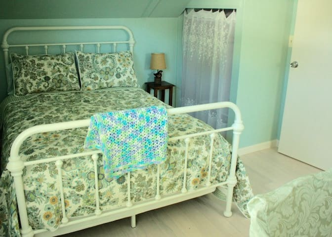 Private Bedroom in Charming Home near Lake Merritt - Oakland - Huis