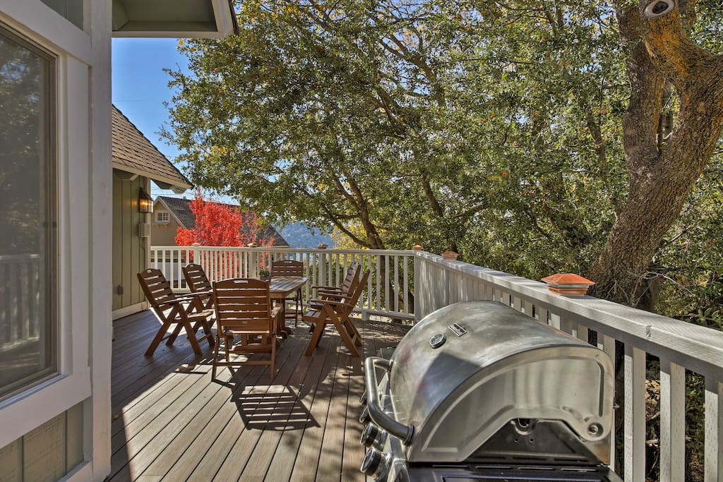Enjoy quality time with your group as you cookout on the deck overlooking the lake.