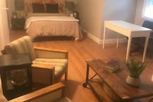 Private Room near NYC Bloomfield NJ