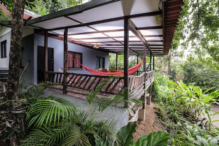 Palmeras Beach cottage in Montezuma