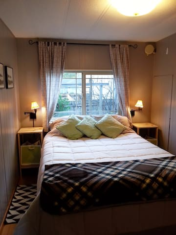 Your guest room with queen bed
