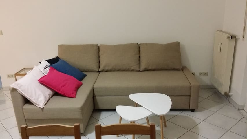 Living room in good location, close to Kirchberg