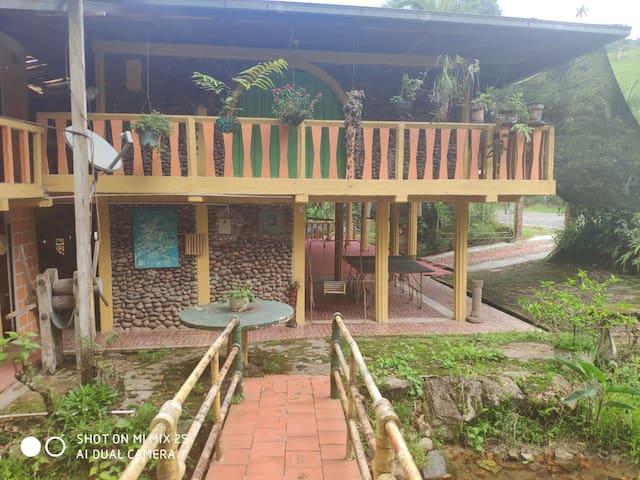 Centro Recreacional Villa Linda Km 10 Vía Neiva.