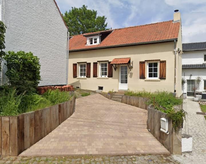 La petite maison près de la forêt - Gaillemarde