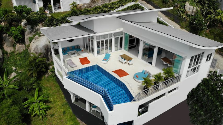 Luxury bay view Villa BLUE LAGOON