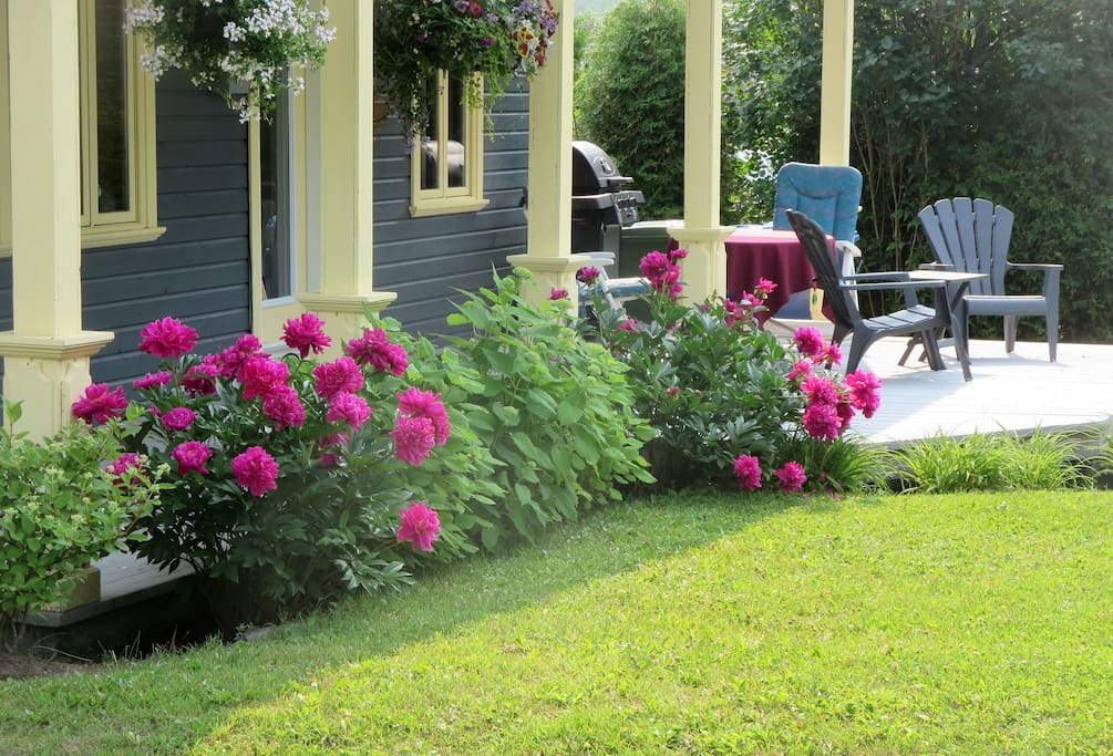 Maison du maire petit saguenay houses for rent in petit for Auberge du jardin petit saguenay