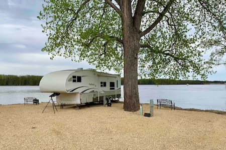 Mississippi River Rental Camper
