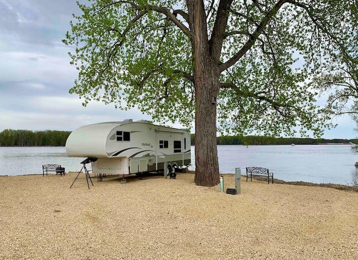 Mississippi River Rental Camper