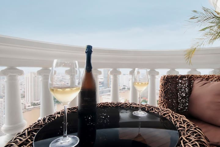 Luxury~RiverView~Skytrain~Skybar~Iconsiam~Cruise