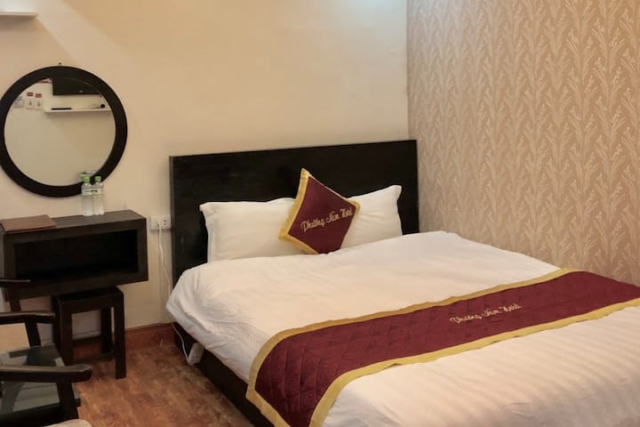Economy Double Room 2 in Phuong Nam Hotel