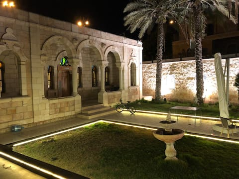 Arab Luxury House in East Jerusalem - Renovated