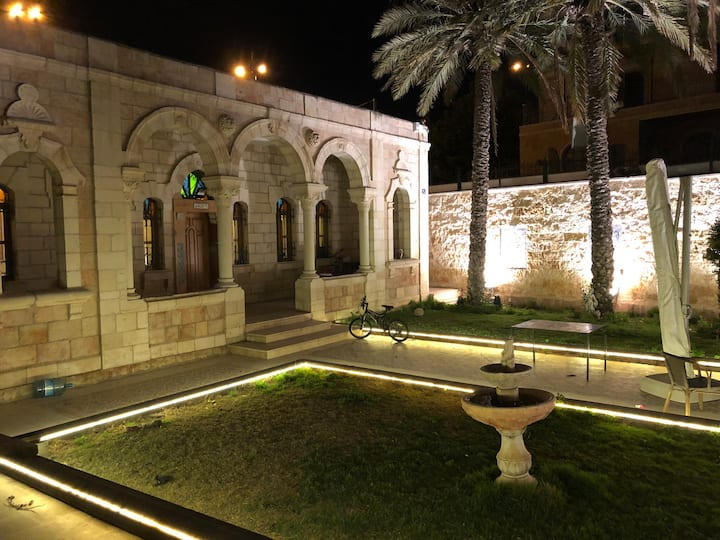 Arab Luxury House in East Jerusalem - Renovated