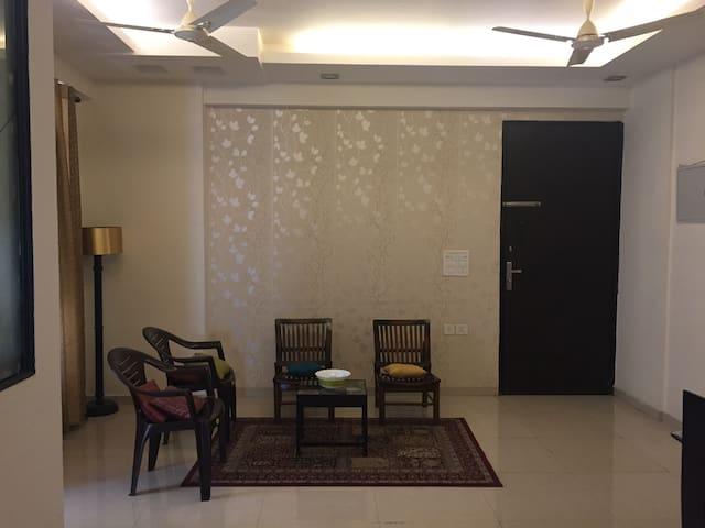 Full Apartment in Noida,Sector 120. - Noida - Lägenhet