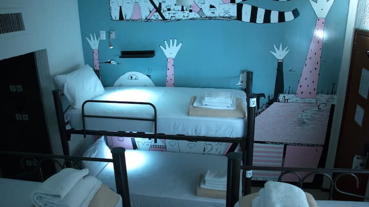 Fénix Beds: Bed in a 6 bed female dormitory room