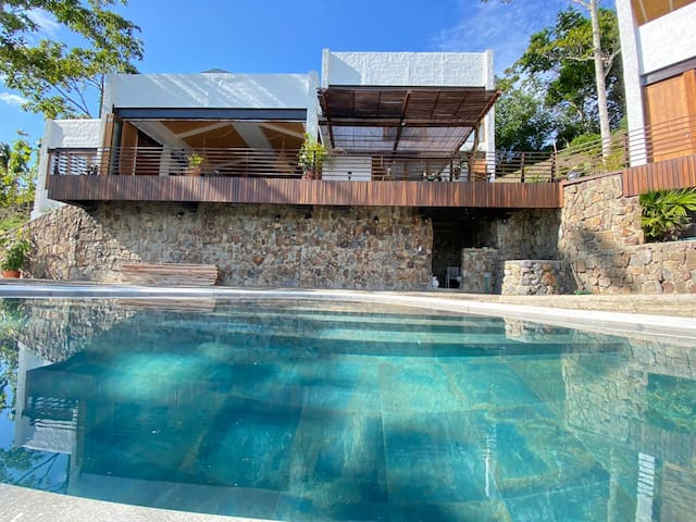 New home on top of the mountain - Cayena  Room