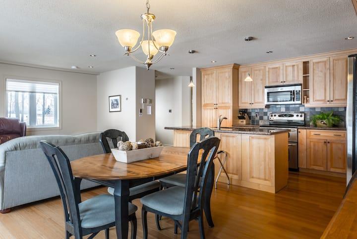 West Suite - at Abbott Road Suites