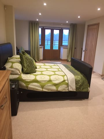 The Saddlery (1 bed studio), near Burford - Carterton - Pis