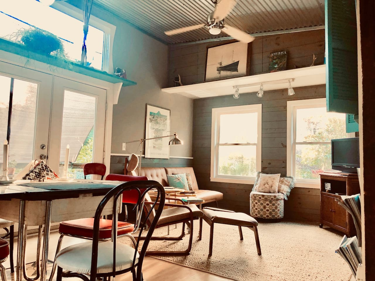 Peaceful Carriage House ..with carefully selected reclaimed and repurposed decor.