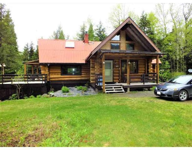 Knotty Pine Lodge on Hidden Acres in Terrace