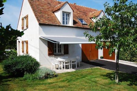 Gîte de Maurevert - Chaumes-en-Brie - House