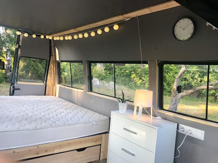 Romantic Minibus with terrace and telescope