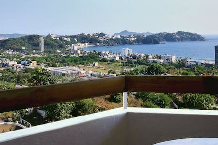 Pent house with spectacular view of Santiago Bay