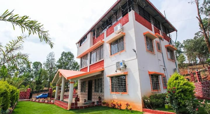 Beautiful Private 6 BHK villa with scenic view