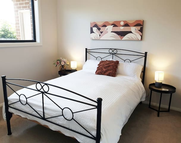 3rd bedroom with double bed, 100% cotton sheets and down quilt