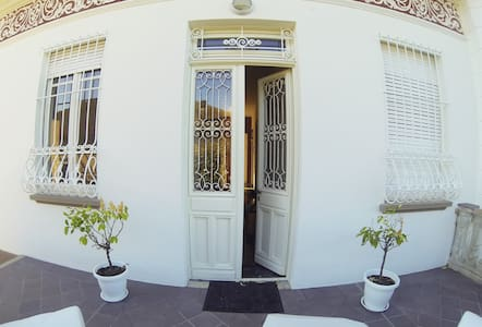 1930 BnB- Stunning Art Nouveau Villa - Bed & Breakfast