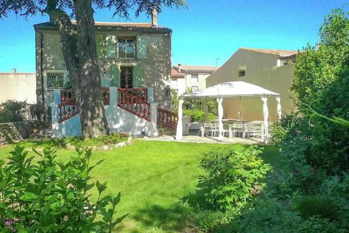 Maison de vacances à Bélarga avec piscine