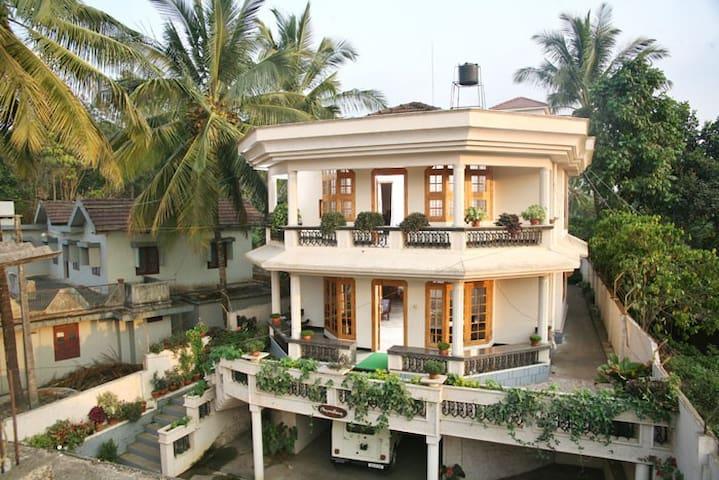 Sreepadmam Homestay - Panamaram
