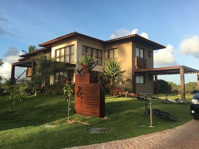 Casa alto Padrão de Luxo, Praia do Forte/Bahia. - Praia do Forte - House