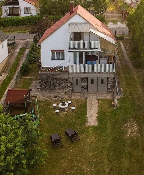"Apartament ""Port macierzysty"" nad jeziorem Balaton (Smart-TV)"