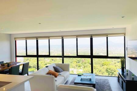 Beautiful Brand New Luxury Apartment