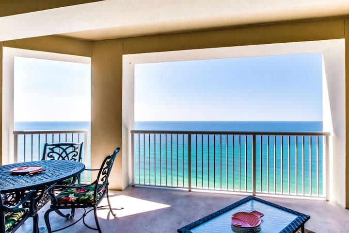 SANITIZED condo with Large Private Balcony with endless views of the Gulf!