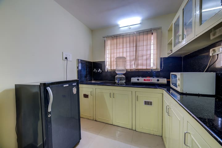 Studio apartments with Kitchen in Hitech city