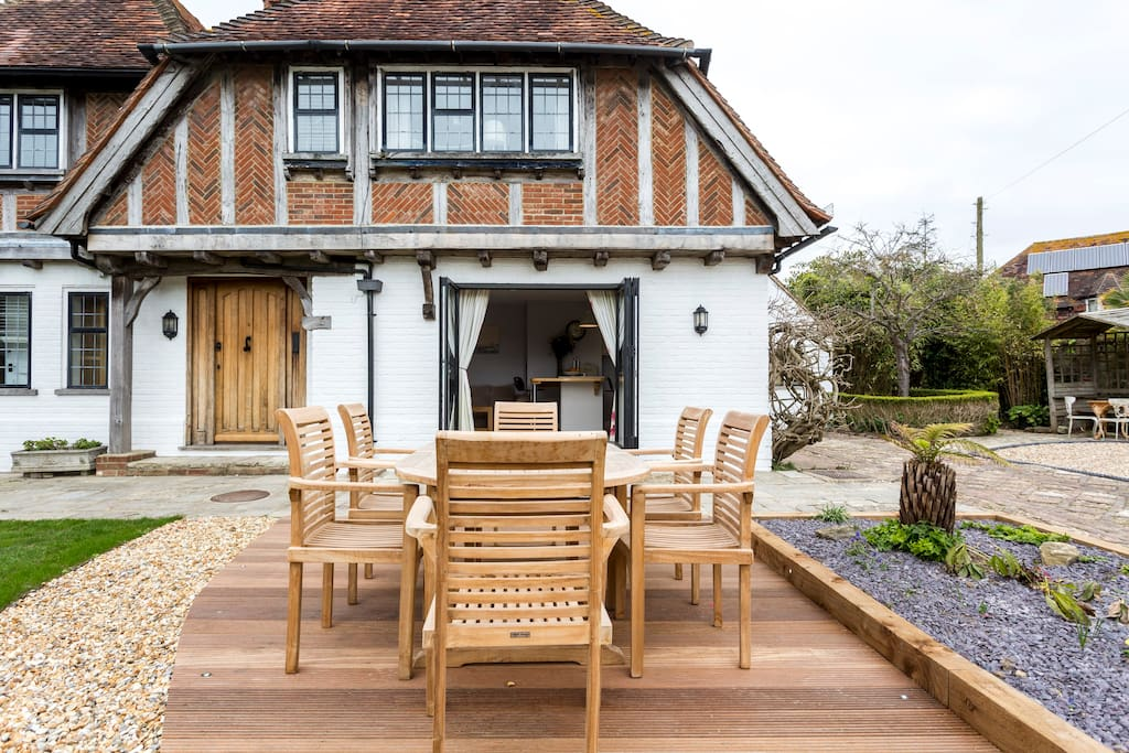 Bed House To Rent West Wittering