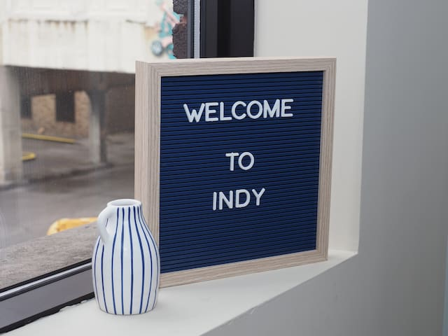 Contemporary Condo- Best Location in Downtown Indy