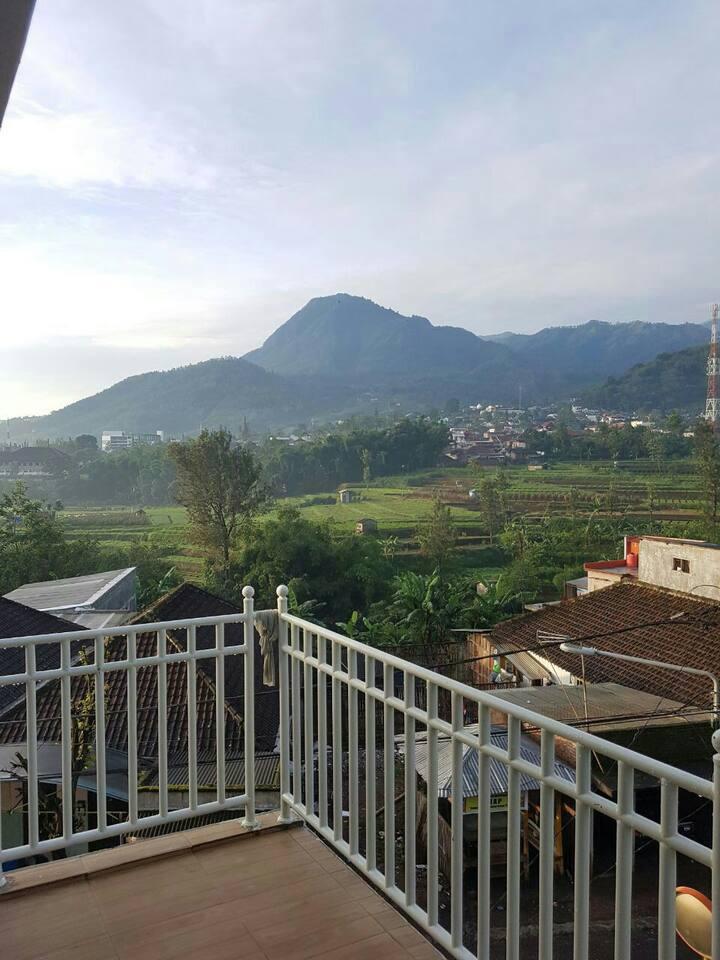 Breezy Mountain View at Sekar Gambir