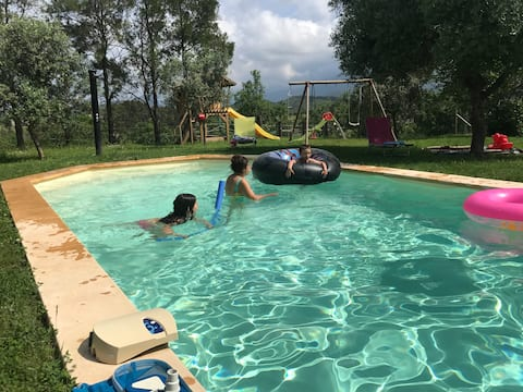 gite au paradis ,piscine, parc animalier corsica