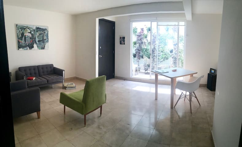 Bright room in the heart of Santa Maria la Ribera - Mexiko-Stadt - Wohnung