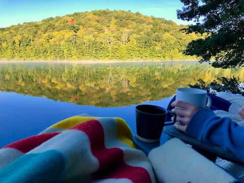 Lake Front Tiny House Hudson Valley
