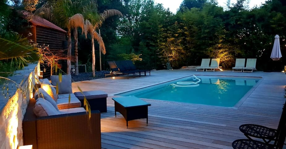 Charmante Villa avec piscine au calme absolu